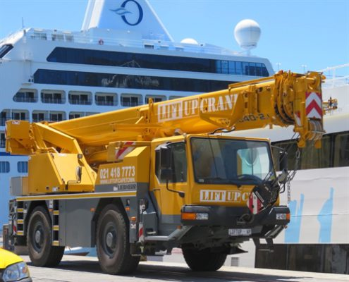 Liebherr crane for hire in Cape Town and Western Cape