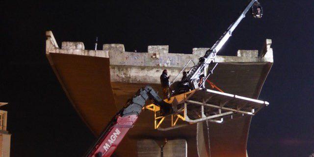 Magni mobile crane carries supertechno 30 camera crane at film shoot