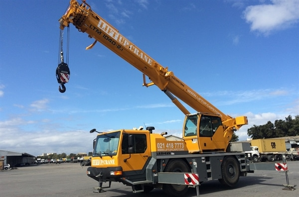 40-ton Liebherr for hire - Liftup Cape Town