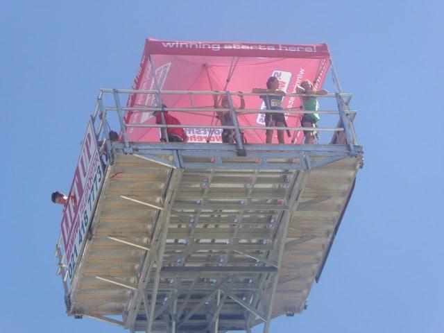 Mobile crane with viewing platform
