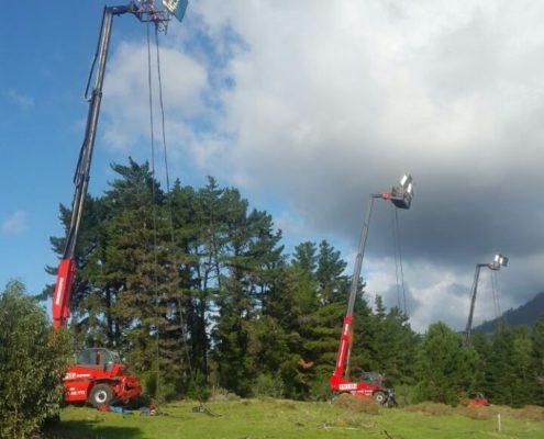 Mobile crane for lighting movie sets